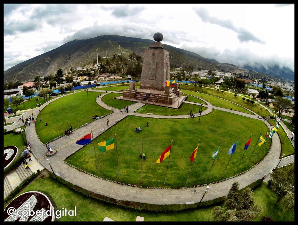 periodismo drone Ecuador mitad del mundo
